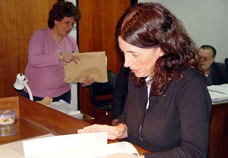 Adriana Zaratiegui