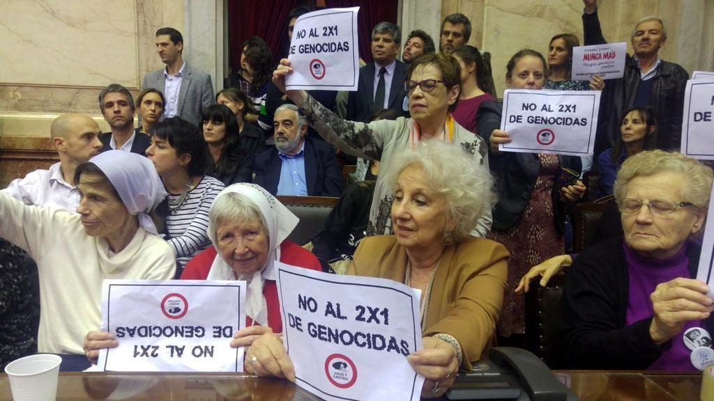 Macri promulgó la ley que excluye a represores del beneficio del 2x1