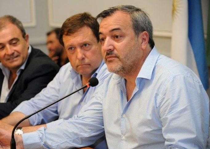 Aguiar pide al gobernador que hable con Macri sobre medidas nacionales