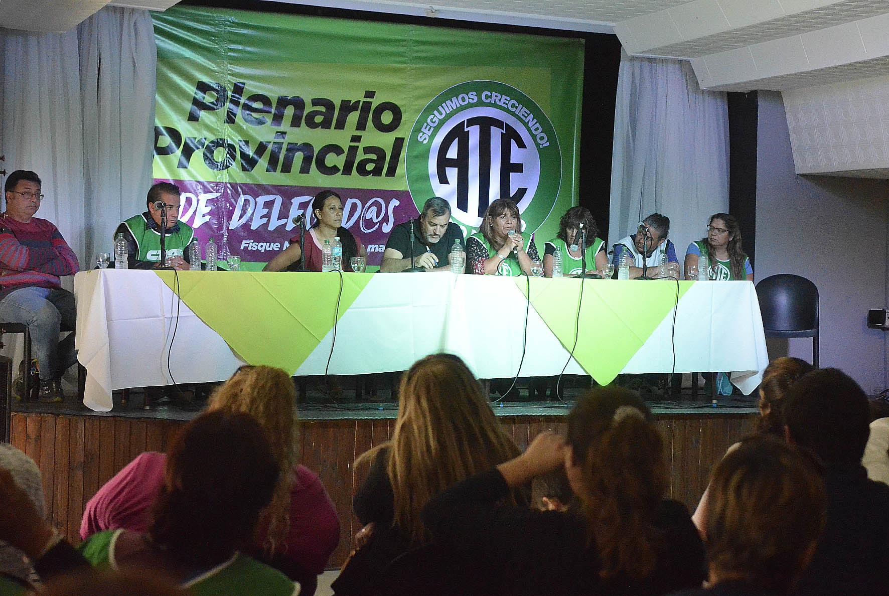 Rechazan nueva oferta salarial — Docentes Bonaerenses
