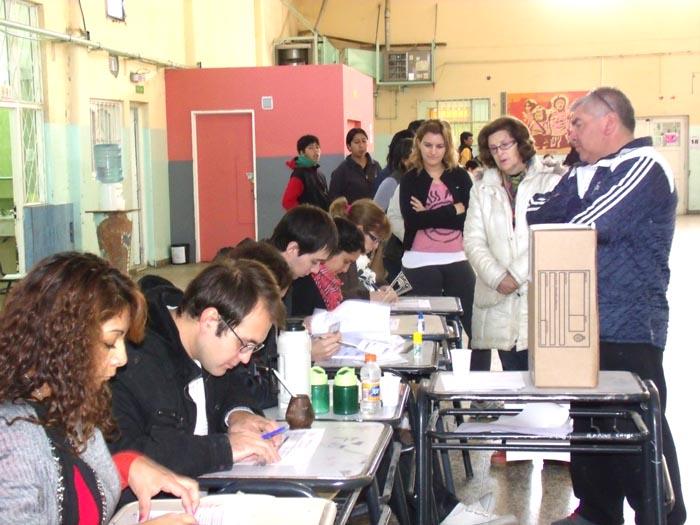 El FPV se quedó con el triunfo del primer test electoral