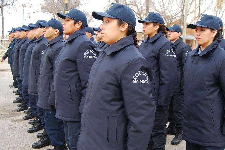 Piden aumento del adicional por indumentaria policial