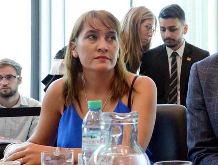 Concejales radicales avalan la candidatura de Lorena Matzen